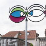 Im Wind. Sechs Skulpturen für Fechenheim, ca. 3.5 m, Installation View Public Space Frankfurt am Main
